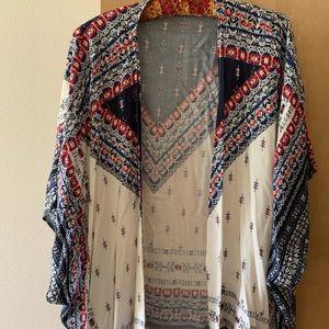 Drapy shawl